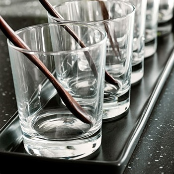 Glassware & pitchers