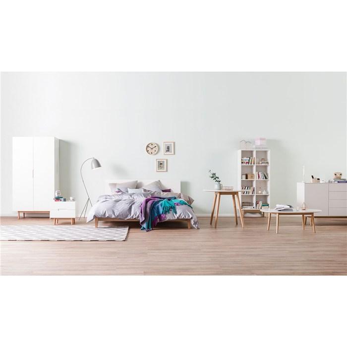 White, oak legs, 160 x 200cm